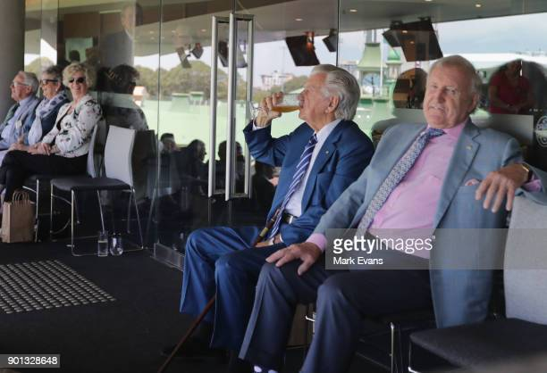 Former Australian Prime Minister Bob Hawke skulls a cold beer during day two of the Fifth Test match in the 2017/18 Ashes Series between Australia...