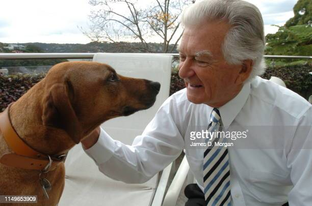 Former Australian Prime Minister Mr Bob Hawke pictured with his 6 year old Rhodesian Ridgeback called Chippy on June 10 2004 in Sydney AustraliaMr...