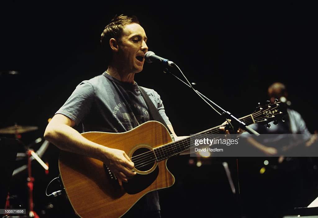 Former Aztec Camera singer Roddy Frame performs on stage at the Royal Festival Hall in London, England in 2002.