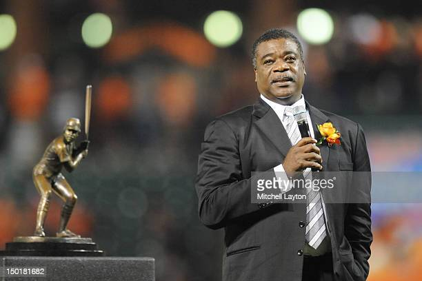 Former Baltimore Orioles player Eddie Murray address the audience during the field unveiling of his bronze sculpture before a baseball game against...