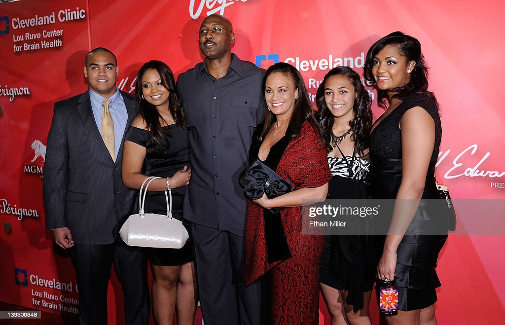 "Keep Memory Alive's 16th Annual ""Power Of Love Gala"" Celebrates Muhammad Ali's 70th Birthday - Red Carpet : News Photo"