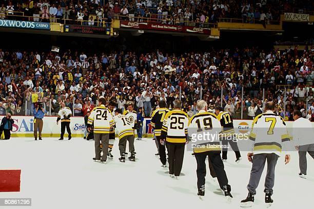 Former Boston Bruins take one last skate during Last Hurrah ceremony celebrating the closing of Boston Garden on September 281995