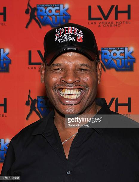 Former boxer and honoree Leon Spinks arrives at the Night of the Champion event hosted by the cast members of Raiding the Rock Vault at The Las Vegas...