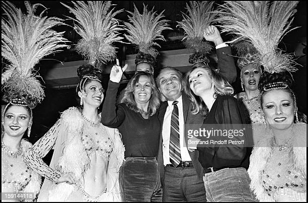 Former boxer Jake LaMotta aka The Raging Bull with firends at the Lido cabaret in Paris in 1981