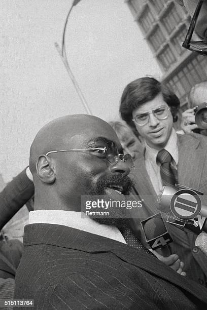 Former boxer Rubin Hurricane Carter flashes big grin on arrival at court to appeal for new trial October 29th Carter's lawyers were prepared to...