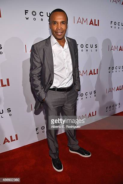 Former boxer Sugar Ray Leonard attends the Los Angeles premiere of Focus World's 'I Am Ali' at ArcLight Cinemas on October 8 2014 in Hollywood...