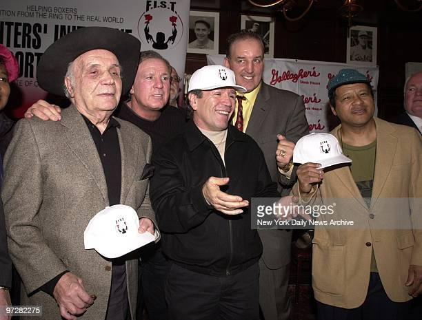 Former boxers Jake LaMotta Bobby Cassidy Vito Antuofermo Jerry Cooney and Carlos Ortiz are on hand at Gallagher's steakhouse where it was announced...