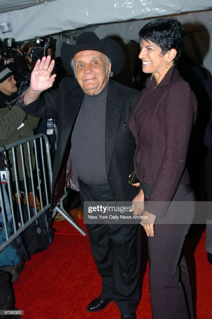 Former boxing champ Jake LaMotta and his fiancee, Denise