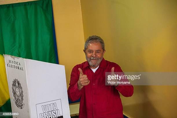 Former Brazil President Luiz Inacio Lula da Silva votes during the first round of elections on October 5, 2014 in Sao Bernardo do Campo, Brazil....
