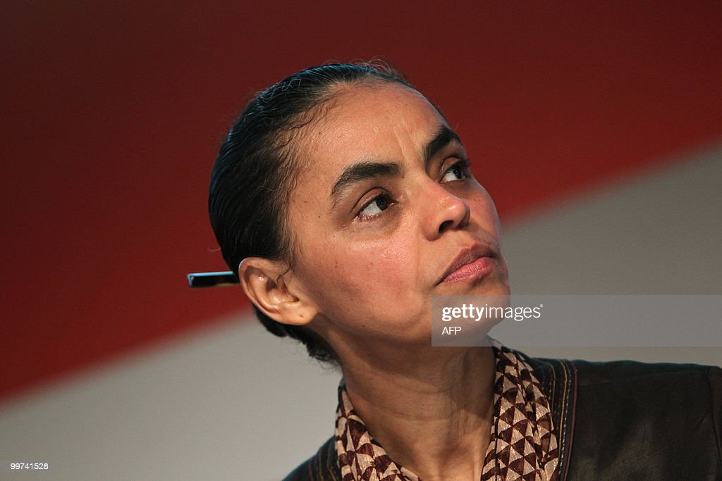 Former Brazilian Environment Minister and presidential candidate of the Green Party Marina Silva, attends a business forum promoted by the LIDE (Business Leaders Group) in Sao Paulo, Brazil on May 17, 2010. AFP PHOTO / Nelson ALMEIDA