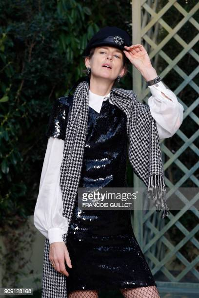 Former British model Stella Tenant poses for a photocall prior to the Chanel's fashion show during the 2018 spring/summer Haute Couture collection on...