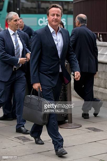 Former British Prime Minister David Cameron arrives at the Houses of Parliament in London on September 5, 2016. / AFP / JUSTIN TALLIS