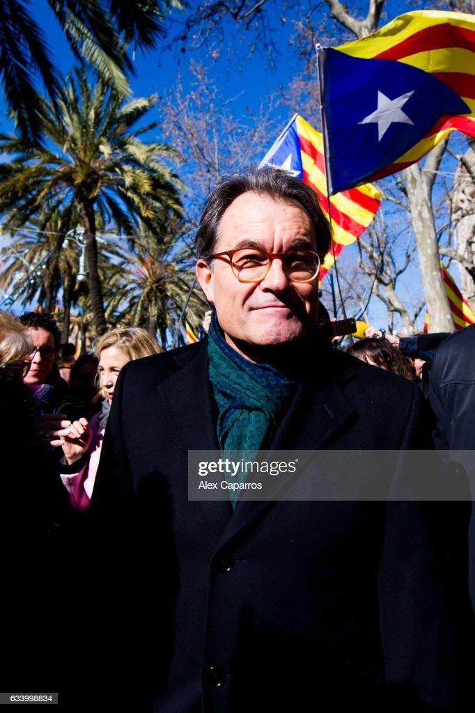 Trial Against Former President of Catalonia Artur Mas : News Photo