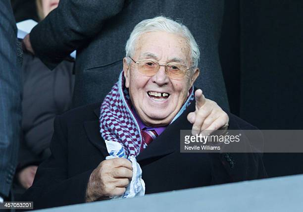 Former chairman of Aston Villa Doug Ellis during the Barclays Premier League match between Fulham and Aston Villa at Craven Cottage on December 08...