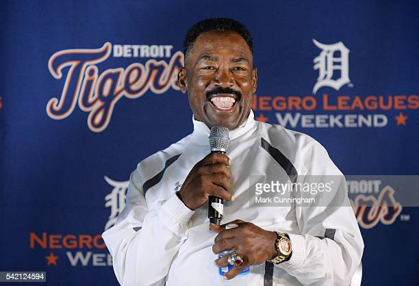Former Chicago White Sox and Detroit Tigers outfielder Chet Lemon talks to the crowd during a QA session prior to the game between the Detroit Tigers...