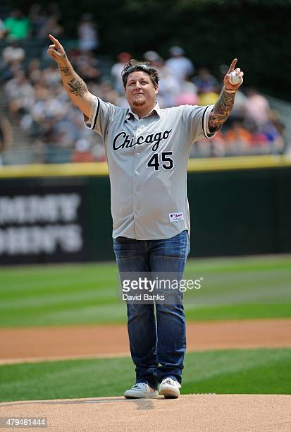 Former Chicago White Sox Bobby Jenks throws out the ceremonial first pitch before the game between the Chicago White Sox and the Baltimore Orioles on...