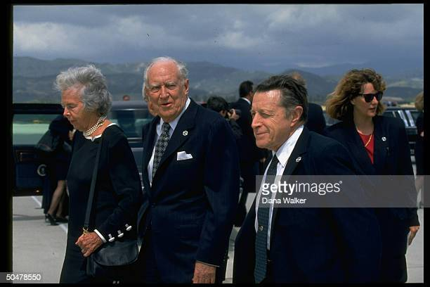 Former Chief Justice Warren Burger exDef Secy Cap Weinberger among arrivees attending Richard Nixon's funeral