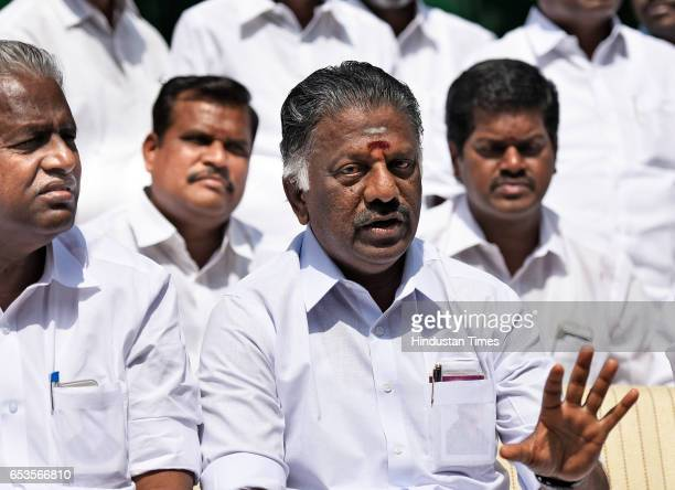 Former Chief Minister of Tamil Nadu Panneerselvam during the press conference at 11 Janpath on March 15 2017 in New Delhi India Former Tamil Nadu...