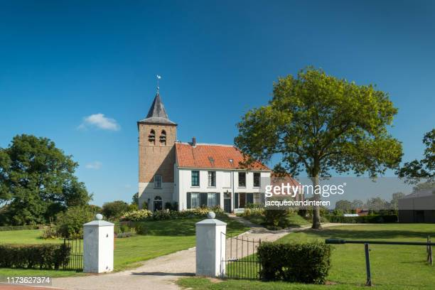 former church in the village ooy in ooy polder, near nijmegen, the netherlands. - nijmegen stock pictures, royalty-free photos & images