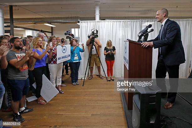 Former CIA agent Evan McMullin announces his presidential campaign as an Independent candidate on August 10 2016 in Salt Lake City Utah Supporters...