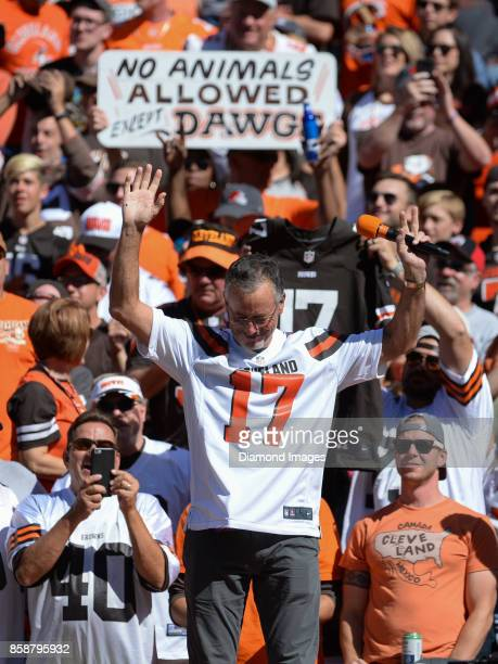 Former Cleveland Browns quarterback Brian Siper addresses the crowd during a timeout in the first quarter of a game on October 1 2017 against the...