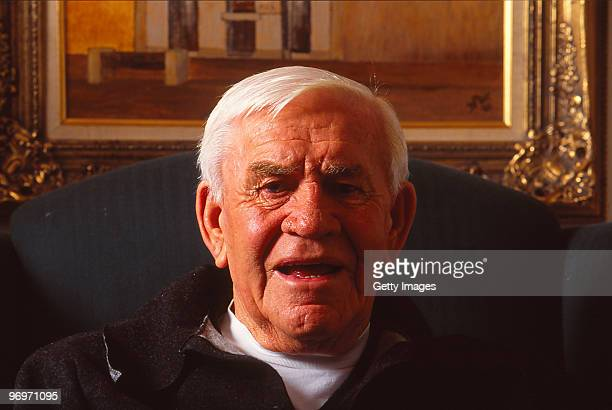 Former Collingwood Magpies VFL legend Lou Richards poses at his home on September 12 2001 in Melbourne Australia
