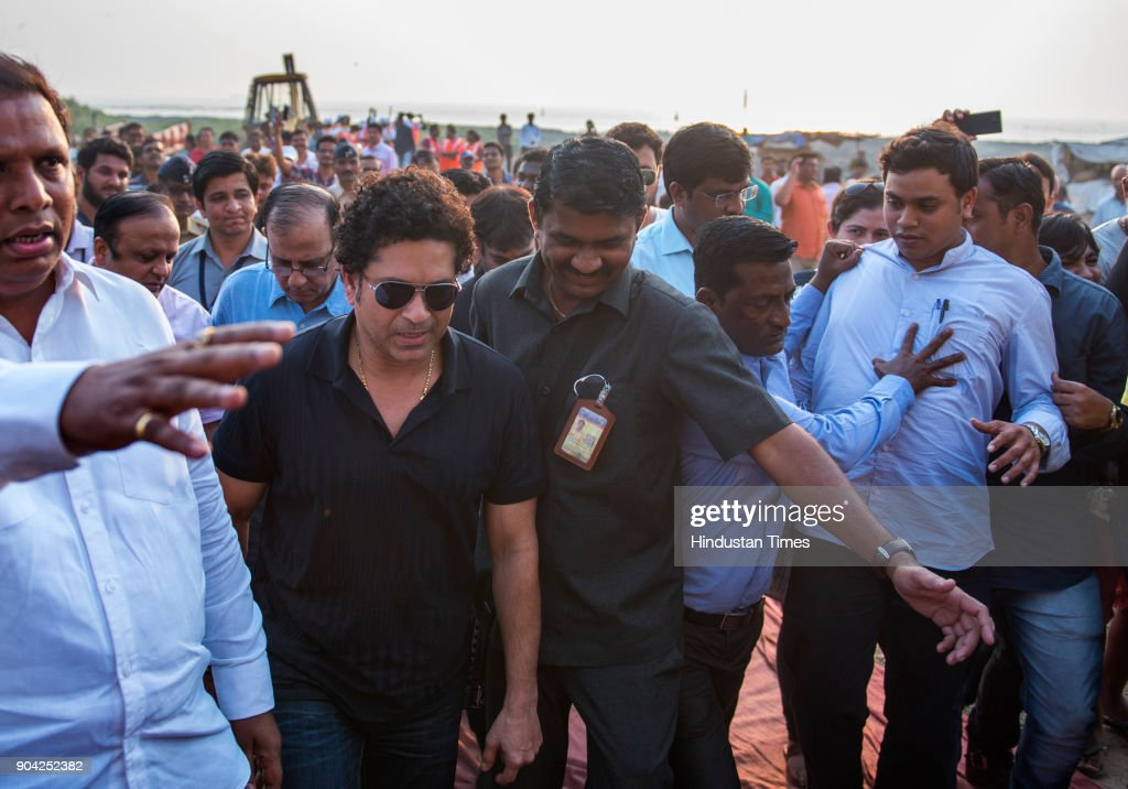 Sachin Tendulkar Inaugurates The Cleaning Project For Chimbai Beach