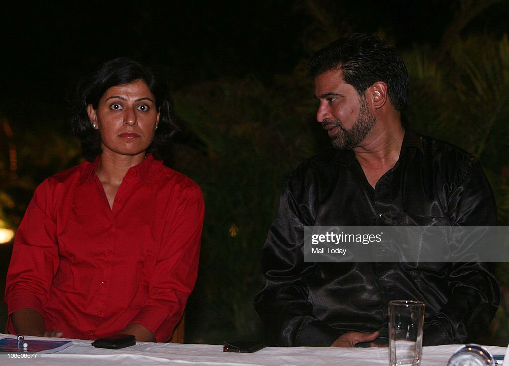 Former cricketers Anjum Chopra and Chetan Sharma at the launch of the 'Wow' aluminium bat in New Delhi on May 21, 2010.