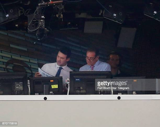 Former Dallas Cowboys quarterback and CBS commentator Tony Romo left talks with playbyplay announcer Jim Nance before the first half of an NFL...