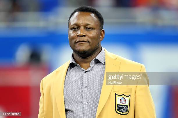 Former Detroit Lions running back Barry Sanders is recognized during halftime of an NFL football game against the Kansas City Chiefs in Detroit...