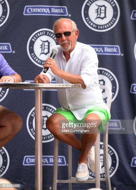 Former Detroit Tigers manager Jim Leyland talks to the fans during a Q A session prior to the game against the Tampa Bay Rays at Comerica Park on...