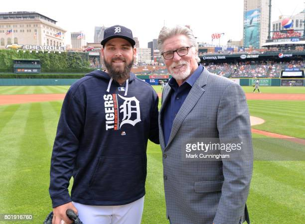 Former Detroit Tigers pitcher Jack Morris poses for a photo with current Tigers pitcher Michael Fulmer prior to the game against the Chicago White...
