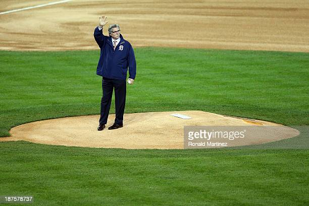Former Detroit Tigers pitcher Jack Morris throws out the ceremonial first pitch prior to Game Five of the American League Championship Series between...