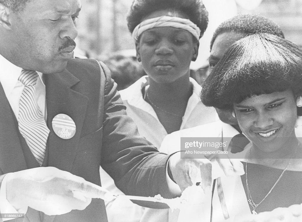 Marion Barry : News Photo