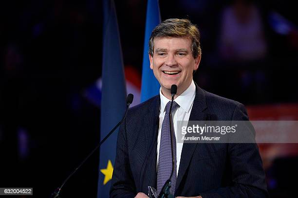 Former Economy Minister and LeftWing Primaries Candidate Arnaud Montebourg addresses voters during a political meeting on January 18 2017 in Paris...