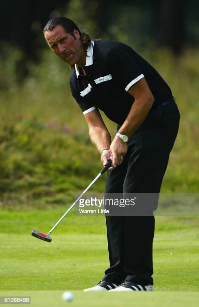 Former England goalkeeper David Seaman putts on the 12th green during in the inaugural TAG Heuer LINK Challenge at Sunningdale Golf Club on September...