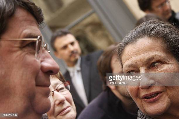 Former European Parliament president and President of the Foundation for the Memory of the Shoah Simone Veil looks at French National Education...