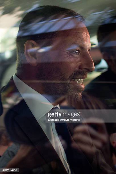 Former FC Barcelona president Sandro Rosell leaves by taxi the Spain's High Court as the Media follow him on July 22 2014 in Madrid Spain Former FC...
