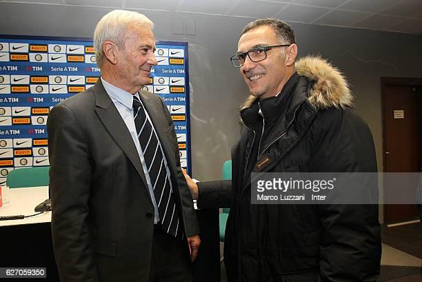 Former FC Internazionale coach Luigi Simoni speaks to Giuseppe Bergomi during a press conference to present his biography 'Simoni si nasce Tre vite...