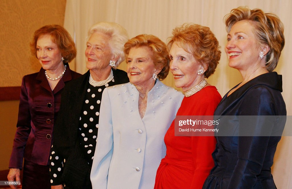 Former first ladies Rosalynn Carter, Barbara Bush, Betty Ford, Nancy Reagan and Hillary Clinton attend the 20th anniversary celebration of the Betty Ford Center January 17, 2003 in Indian Wells, California.