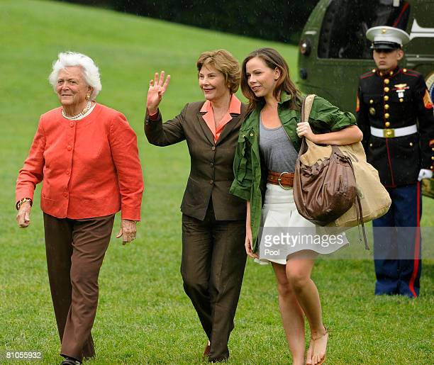 Former first lady Barbara Bush, First Lady Laura Bush and daughter Barbara Bush arrive at the White House on May 11, 2008 in Washington, DC. The...
