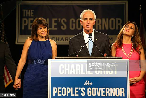 Former Florida Governor and Democratic gubernatorial candidate Charlie Crist stands with Annette Taddeo his Democratic lieutenant governor candidate...