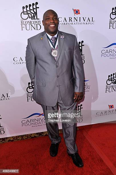 Former football player Warren Sapp attends the 29th Annual Great Sports Legends Dinner to benefit The Buoniconti Fund to Cure Paralysis at The...