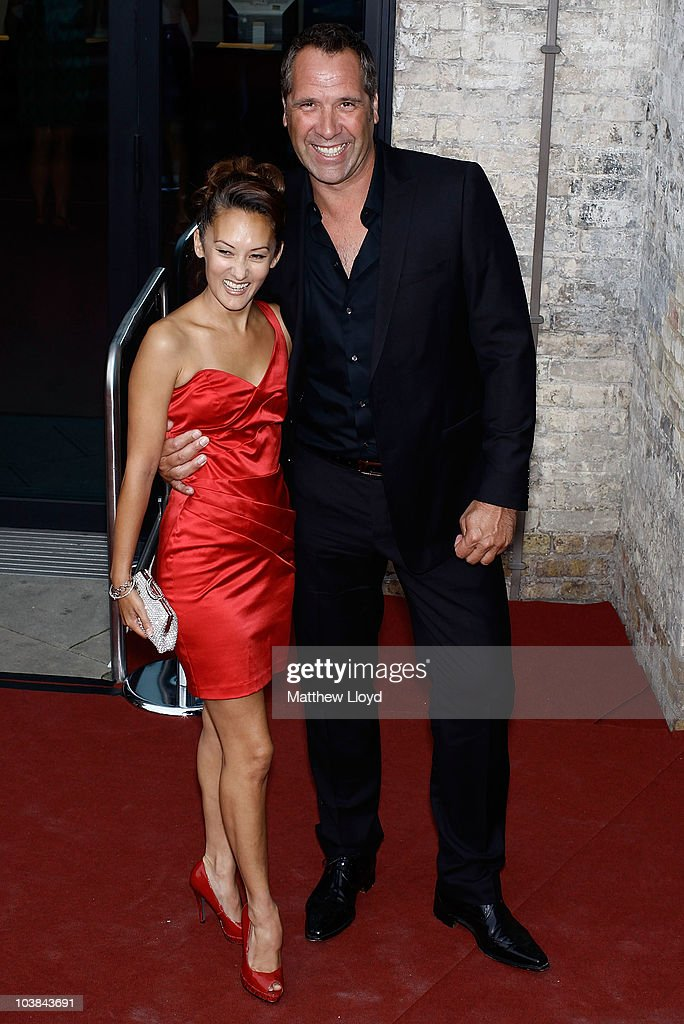 Former footballer David Seaman arrives at the National Lottery Awards 2010 held at the Camden Roundhouse on September 4, 2010 in London, England. The annual awards are presented to community members and groups for their work in UK Lottery funded projects.
