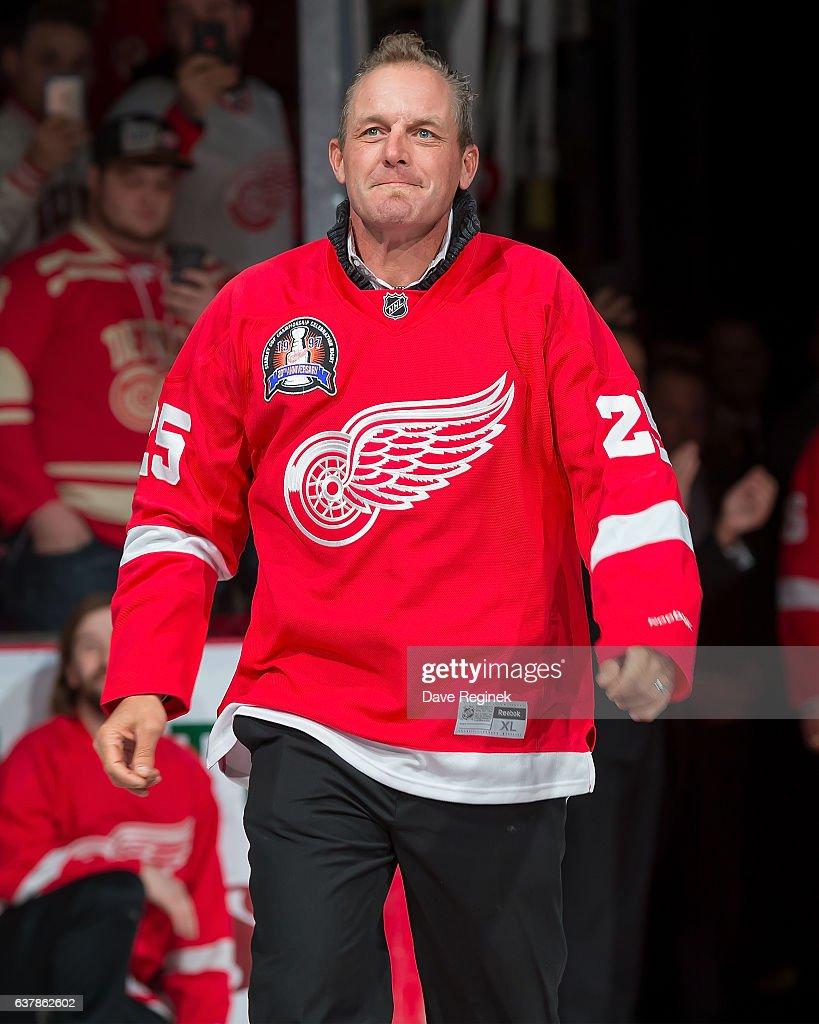 Buffalo Sabres v Detroit Red Wings : News Photo