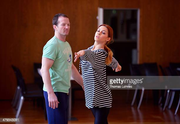 Former freestyle wrestler Alexander Leipold and the professional dancer Oana Andreea Nechiti train for the television competition 'Let's Dance' on...