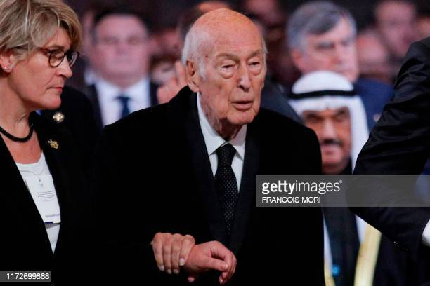Former French president Valery Giscard d'Estaing arrives toattend a church service for former French president Jacques Chirac at the Saint-Sulpice...