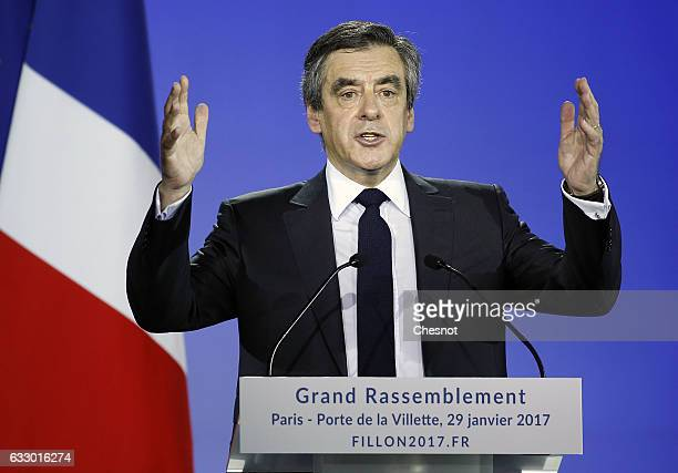 Former French prime minister and member of rightwing political party 'Les Republicains' Francois Fillon delivers a speech during a campaign meeting...