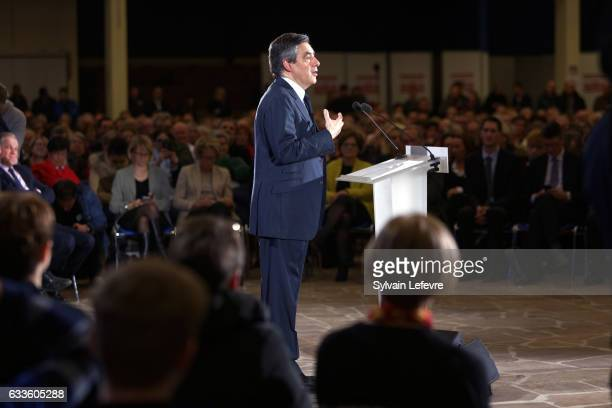 Former French Prime Minister Candidate For 'Les Republicains' Francois Fillon speaks at a campaign rally as part of a campaign trip in...