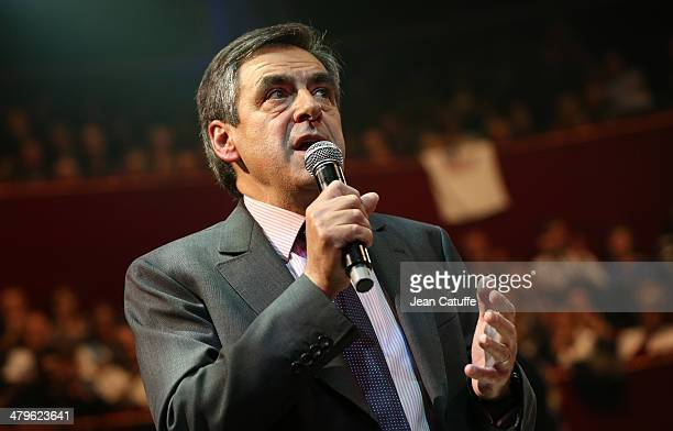 Former French Prime Minister Francois Fillon participates in the last big meeting before the elections of Paris UMP mayoral candidate Nathalie...